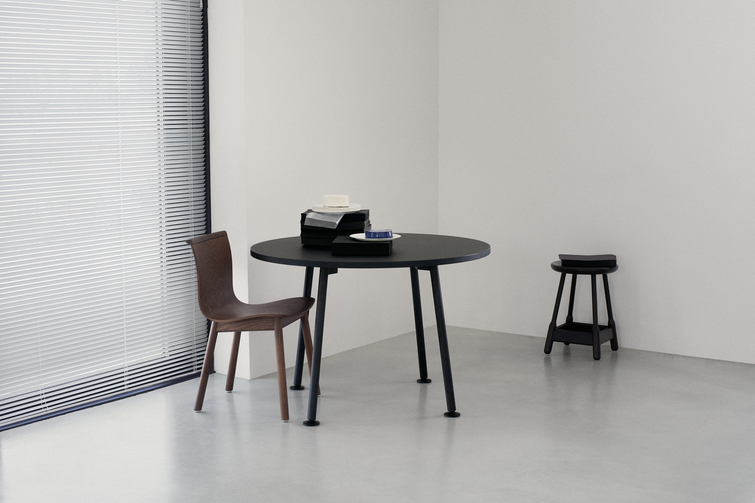 Albert Stool 65 collection